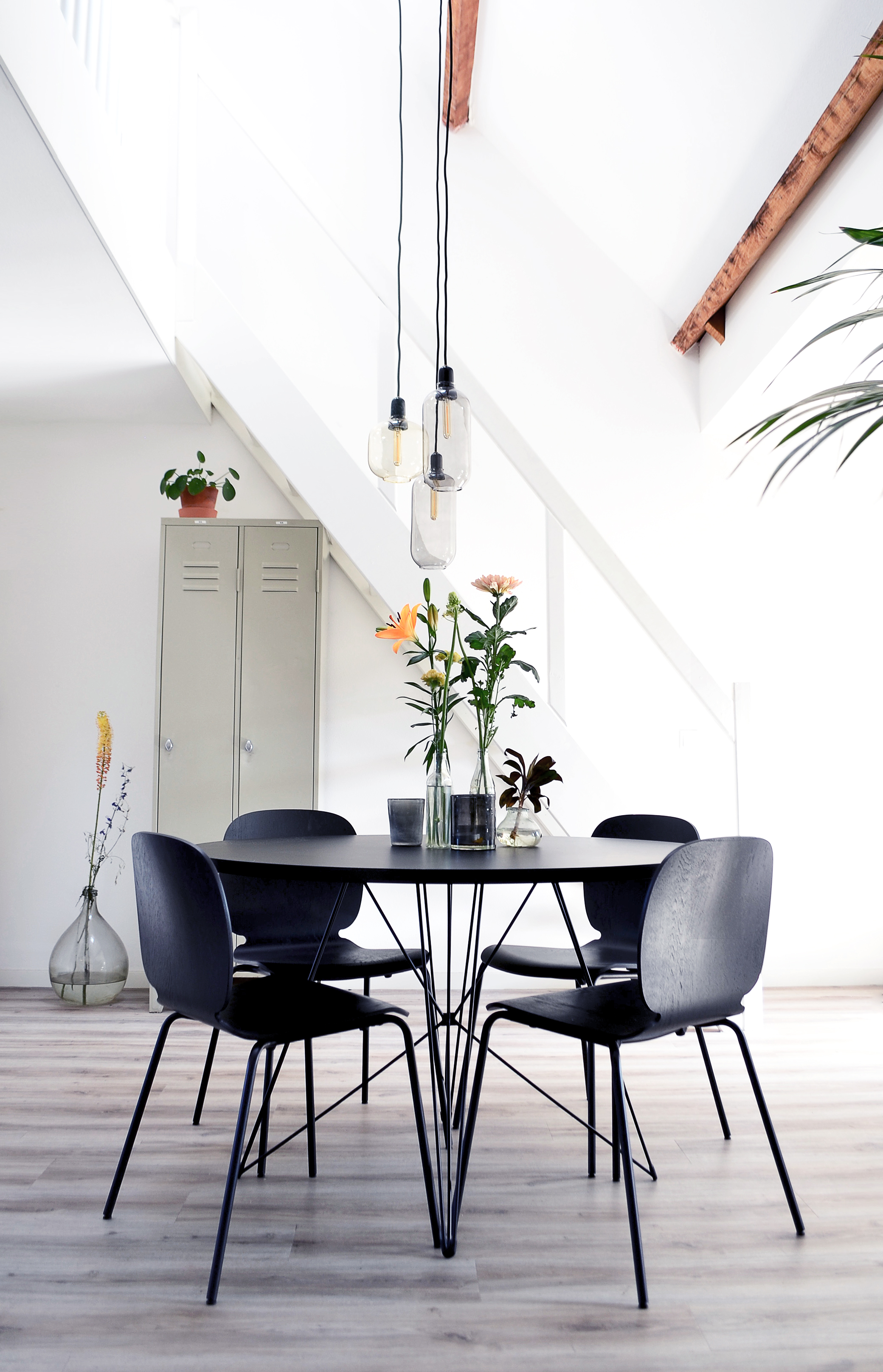Loft Apartment - Tavolo XZ3 Dining Table - Soophisticated