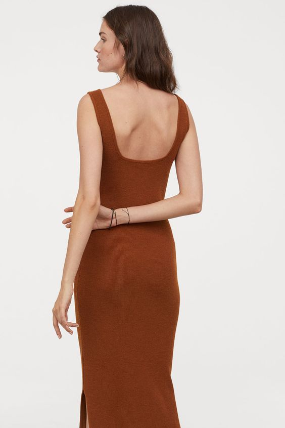 H&M - Knitted Dress Brown